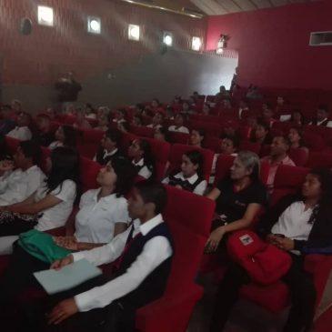 Cine – Foro «Soberanía y Autodeterminación de los Pueblos», en el Marco del 12 de Octubre Día de la Resistencia Indígena